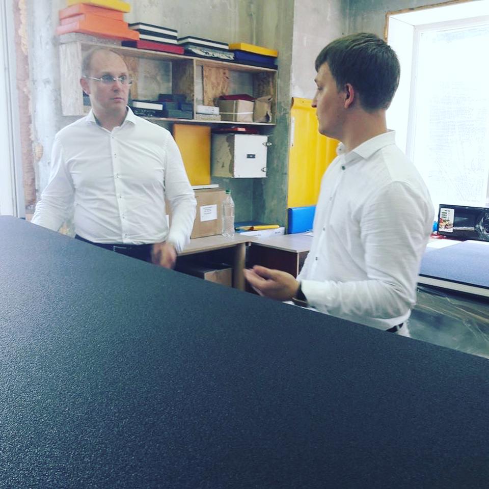 Председатель правительства с интересом ознакомился с уникальным производством РОССАМБО